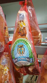 Prosciutto di Parma DOP 24 mesi, META' disossato sottovuoto  Parma Ham 24 months aged, HALF boneless under vacuum