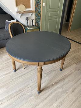 Table de salle à manger relookée