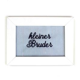 """Schild hellblau gestreift,  Aufschrift """"kleiner Bruder"""" - oder personalisierbar"""
