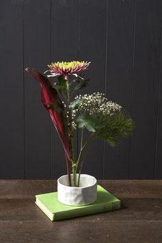 Japanisches Blumen-Arrangement Gefäß Ikebana