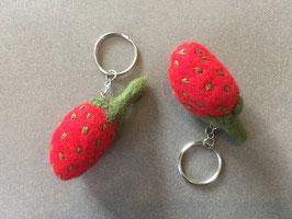 Schlüssel Anhänger Erdbeere Filz