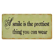Magnet A smile is the prettiest thing....