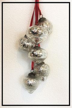 Kugel- Traube Bauern- Silber