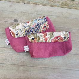 Pochette en toile vieux rose avec rabat à feuillages colorés