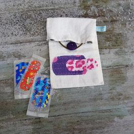 Pochette à pansements appliqué violet et rose