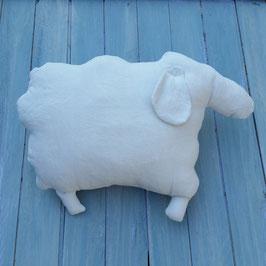 Coussin mouton en lin ancien