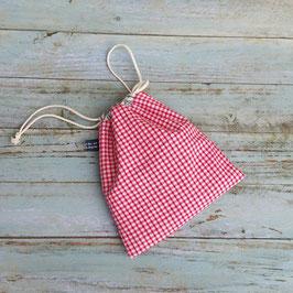 Pochon en coton vichy rouge et blanc.