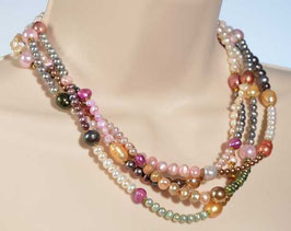 Collier: Pearls