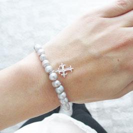 Graues Süßwasserzuchtperlen Armband mit Kreuz   6-8mm
