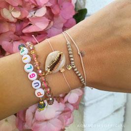 Armband mit Glassschliffperlen und Kaurimuschel Anhänger  | Sterlingsilber Gelbvergoldet
