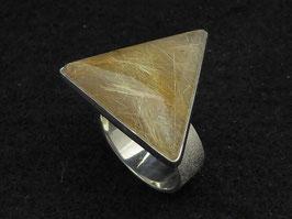 """Triangle Silk"""