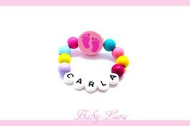 Babyarmband mit Namen - Füsse rosa 060