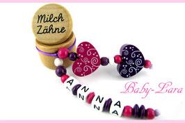Zahndose mit Namen - Lila pink mit zwei Schnörkelherzen 76