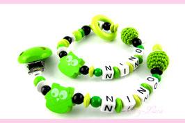 Schnullerkette und Greifling mit Namen - Häkelperle, Eule & grüner Clip mit Glöckchen 031