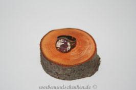 Ring in Altmessingoptik- Katze sitzend, Noten schwarz