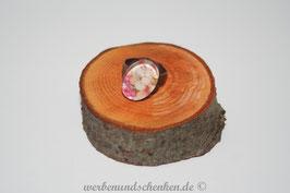Ring in Altmessingoptik- oval- Blumen