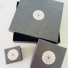 "Ring ""Sharp"" aus recyceltem 925 Silber - der optische Fingerstrecker in rosegold plattiert"