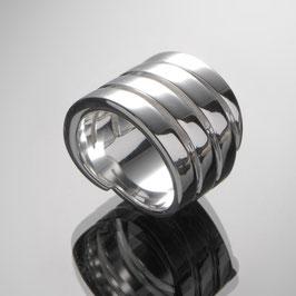 "Ring ""Rims"" handgefertigt aus recyceltem 925 Silber"
