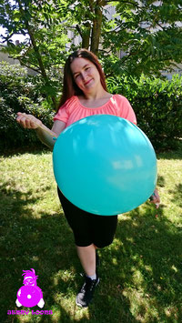 "UNIQUE 18"" Punchball"