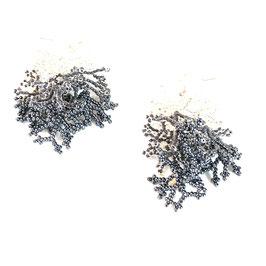 Ohrringe  weiß/grau Perlenarbeit