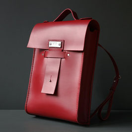saga leather backpack in scarlet red