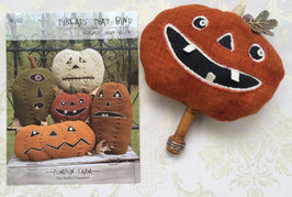 """Pumpkin Farm"" applique pattern"