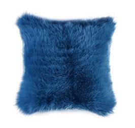 Coussin en fourrure naturelle de mouton teintée bleu dur