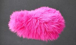 Couvre selle de vélo en peau de mouton teintée rose fushia à poils longs