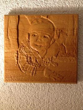 Portrait aus Holz