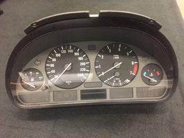 Kilometer teller BMW E39 528i handbak 270.000km