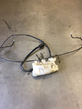 Ruitensproeiertank BMW E39  met drie pompen ( xenon )