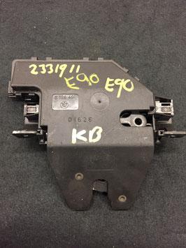 Kofferbak slot BMW E90 oem 8196401