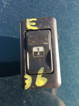Raamschakelaar BMW E36 zie foto's stekker aansluiting
