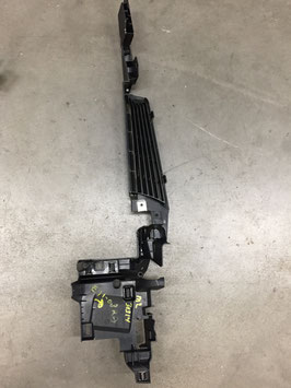 Plastic lijst kofferbak BMW E91 rechts oe 7068910 (art 30314)