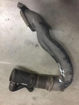 Plastic inlaat buis BMW E39 525 diesel oem 2247911