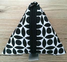 Cup Bag von Cotton&Skin - Muster schwarz/weiß