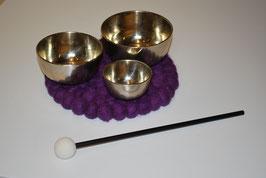 Zen Klangschalenset bestehend aus 3 Klangschalen mit Schlegel