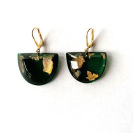 Ohrhänger dunkelgrün mit Goldmetalleinschluss