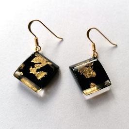 Ohrhänger schwarz mit Goldmetalleinschluss