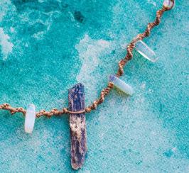 Halskette 'Kyanit Moon'
