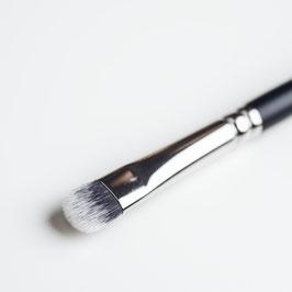 V161 Eyeshadow Brush