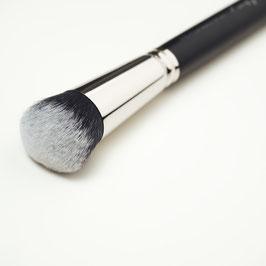 V130 Foundation Brush