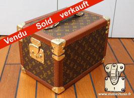 Vanity boite à facon Louis Vuitton Vintage