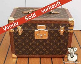 Vanity boite à pharmacie Louis Vuitton