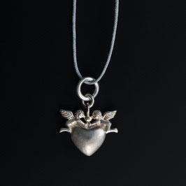 Unikat: Vintage Herzanhänger mit Engelchen