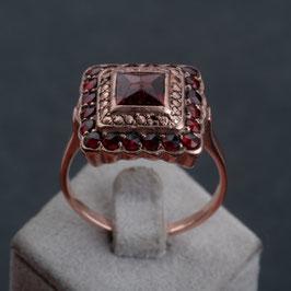 "Vintage Unikat: Ring ""Granat"""