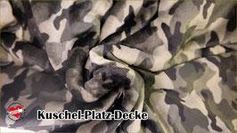 "Kuschel-Platz-Decke ""Modell Military"""