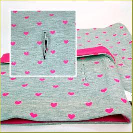 """Loop """"Modell Pink Heart"""" mit Halsbandöffnung"""