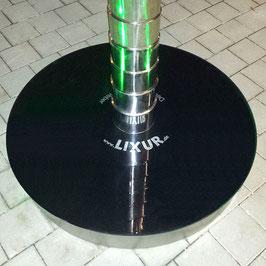 Sockelabdeckung mit schwarz lackierter Glasplatte