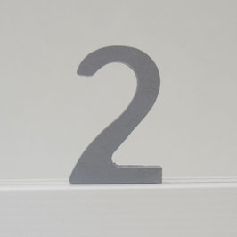 Zahl -2- grau